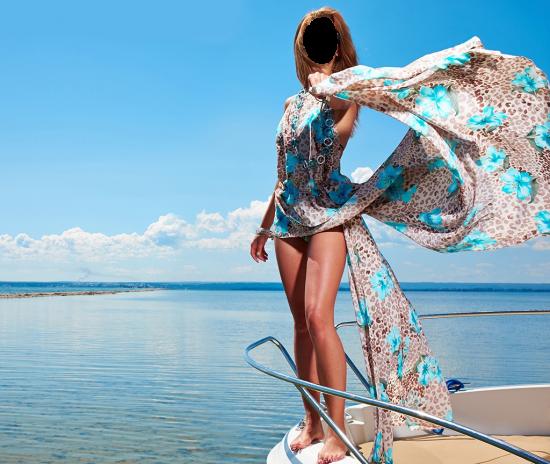 Вставить лицо - Девушка на море